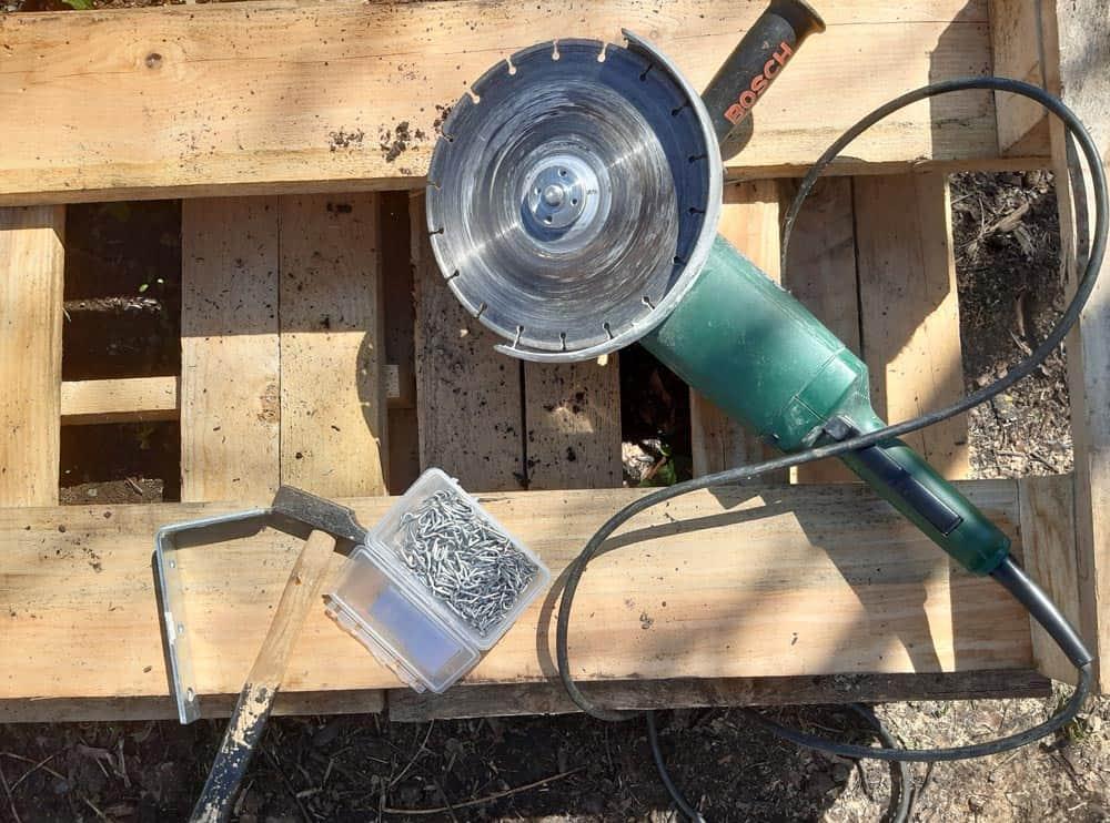 Outils pour fabriquer un tamis à terreau (Nutri Green Planet)